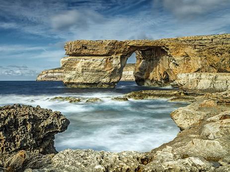 НаМальте разрушилась известная скала ввиде арки «Лазурное окно»