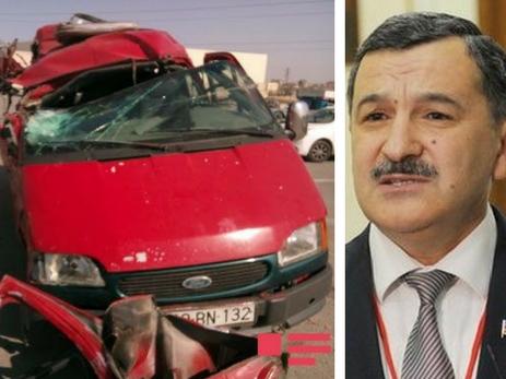 ВАзербайджане перевозивший студентов автобус врезался в грузовой автомобиль скирпичом