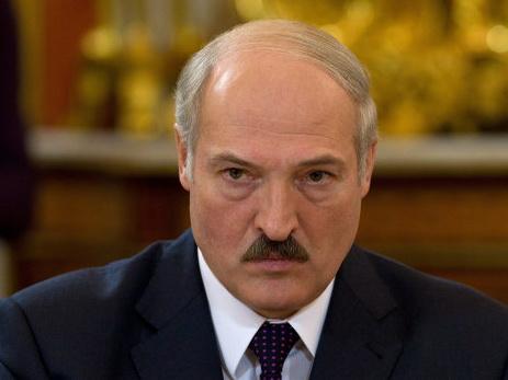 Лукашенко: В летевшем из Армении самолете обнаружили радиацию