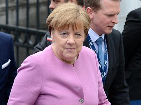 Меркель признала ошибкиЕС инашла способ ихисправить