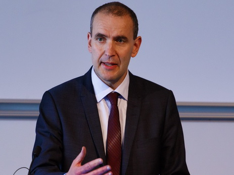 ПрезидентРФ вшутку предложил Исландии посодействовать ссозданием армии