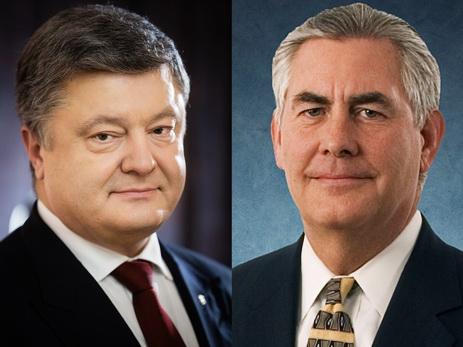 Порошенко иТиллерсон обсудили российско-американские переговоры