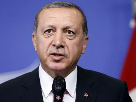 Эрдоган: Турция иИндия хотят отказаться отдоллара вовзаимных расчетах