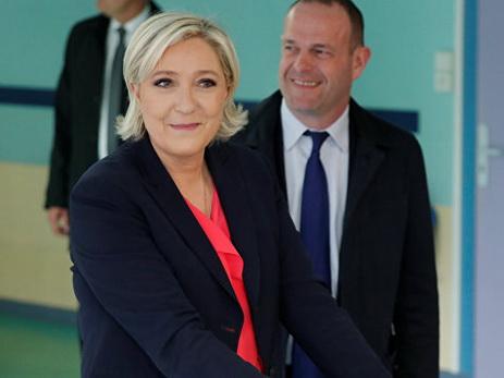 ЗаМакрона проголосовали до65% избирателей— Бельгийские СМИ