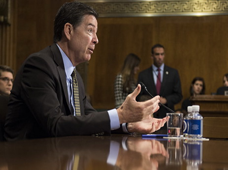 Белый дом: Трамп отправил вотставку директора ФБР Коми