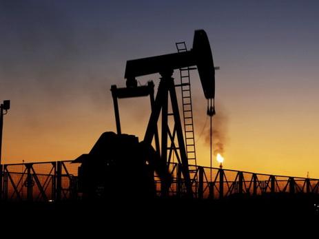 ОАЭ высказались против продления сокращения добычи нефти доконца 2018г