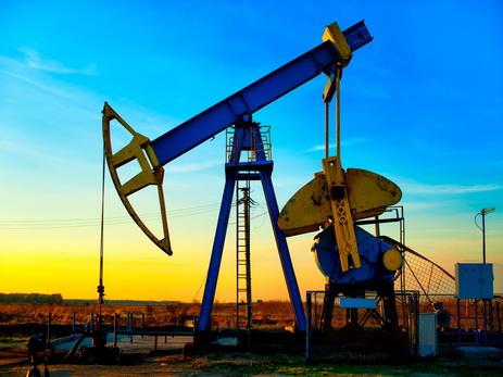 Цена на азербайджанскую нефть приблизилась к 62 долларам