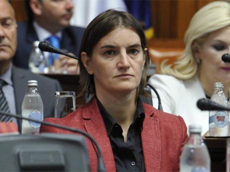 Вучич предложил гею стать главой сербского парламента