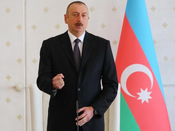 Президент Азербайджана указал чиновникам, как вести себя