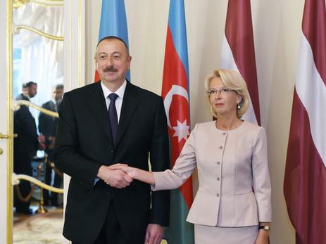 Президент Азербайджана встретился с председателем Сейма Латвии - ФОТО