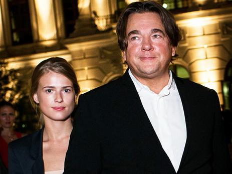 56-летний Константин Эрнст женился на29-летней модели Софье Заике
