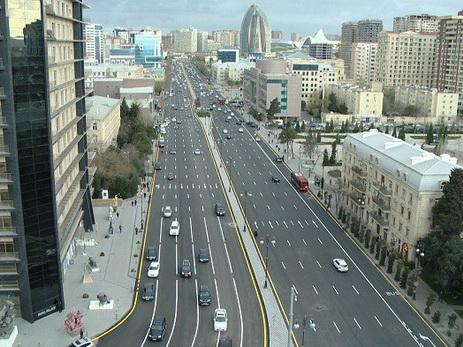 Кардинально меняется схема движения по одной из самых оживленных улиц Баку - ВИДЕО