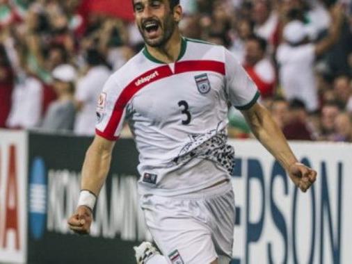 2-х иранских футболистов выгнали изсборной заигру сИзраилем