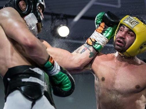 Конор Макгрегор доказал, что отправил в нокдаун бывшего чемпиона мира по боксу - ВИДЕО