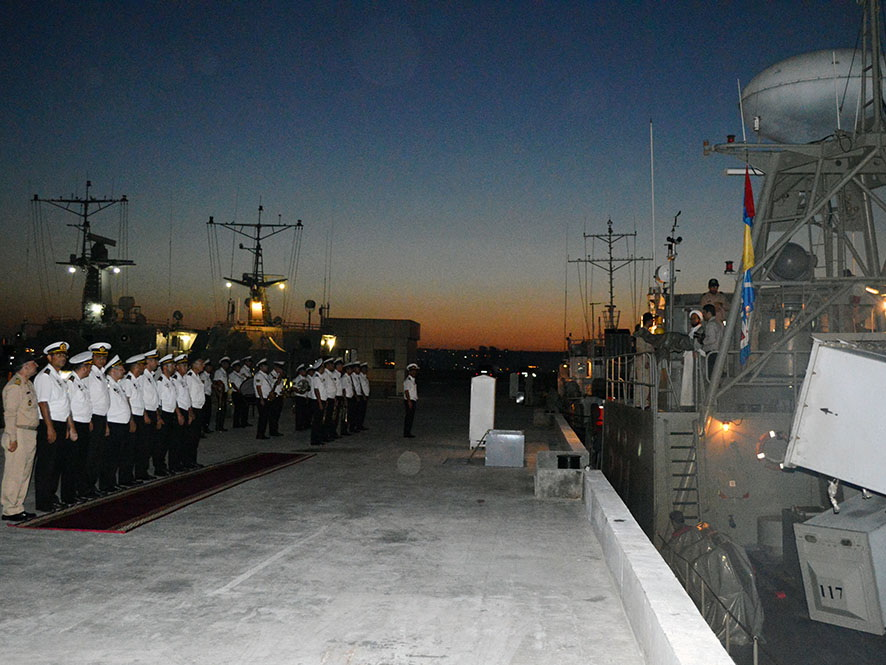 Иранские суда ушли из порта Баку - ФОТО