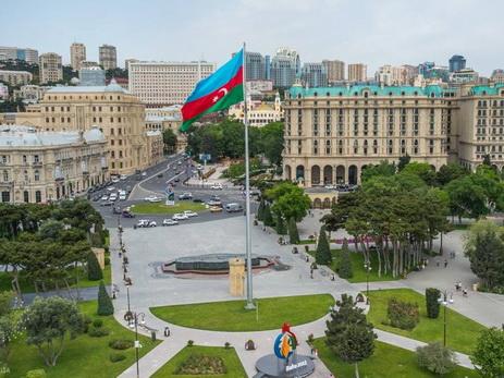 Встолице Азербайджана сохранится теплая погода