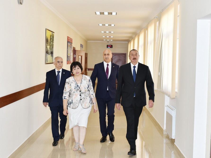 Руководителя МИД Азербайджана, Турции иГрузии проводят встречу вАзербайджанской столице