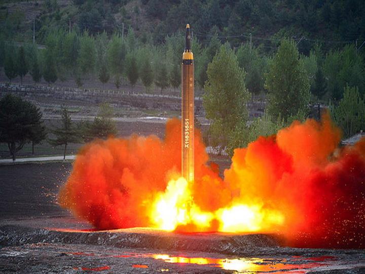 Англия  подозревает Иран втайной помощи КНДР поядерной программе