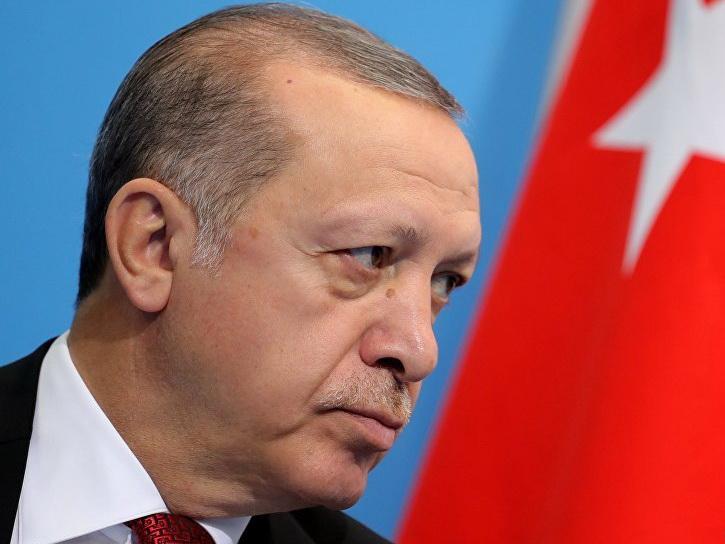 Встреча Назарбаева иЭрдогана началась вАстане