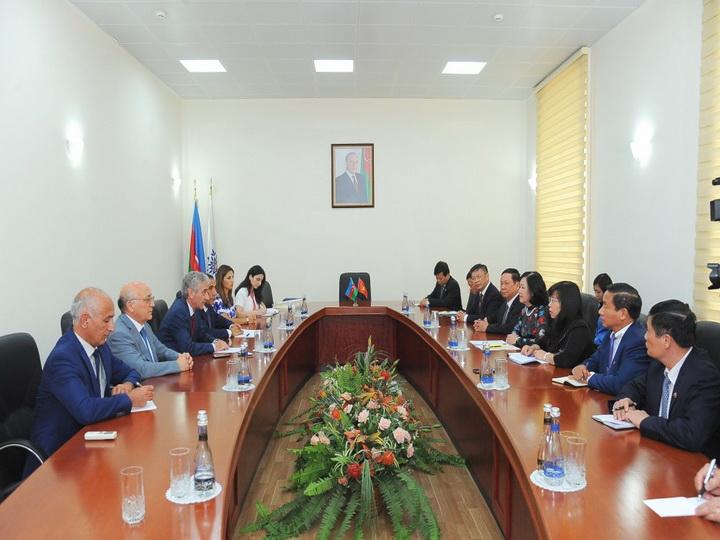 Али Ахмедов: Азербайджан и Вьетнам связаны тесными узами - ФОТО