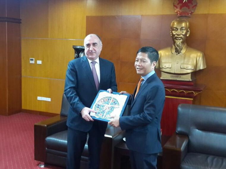 Вьетнам заинтересован в транспортных маршрутах Азербайджана для выхода на европейский рынок