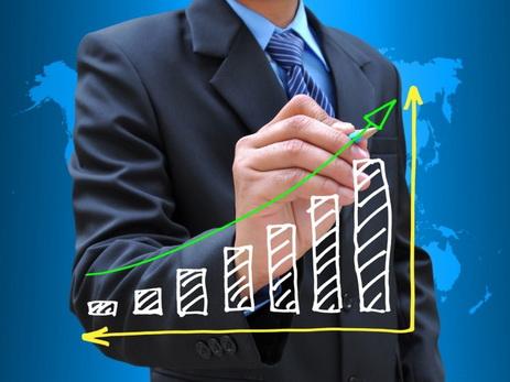 МВФ прогнозирует с 2018 года рост экономики Азербайджана