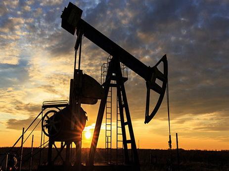 Нефть Brent поднялась выше $55 впервые с апреля