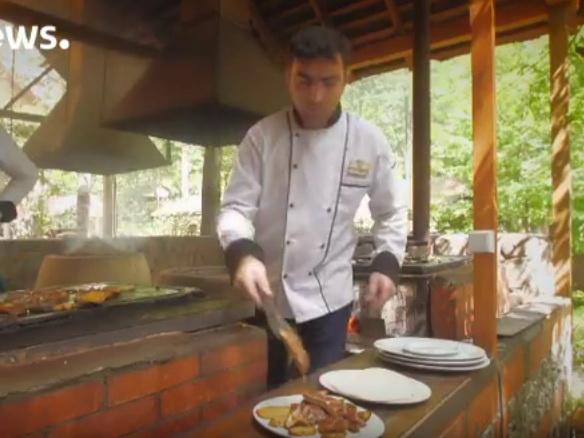 Euronews: «Открытки из Азербайджана» о шашлыке на камнях – ВИДЕО