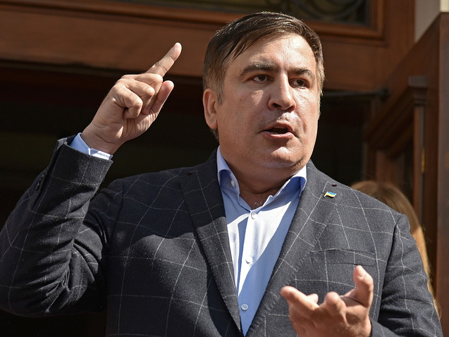 Михаил Саакашвили перед поездкой в Черновцы посетит форум во Львове