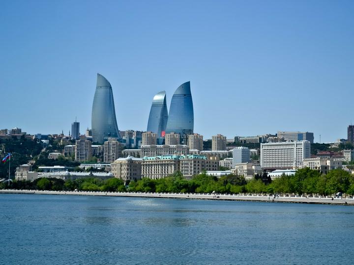 В воскресенье в Баку +35