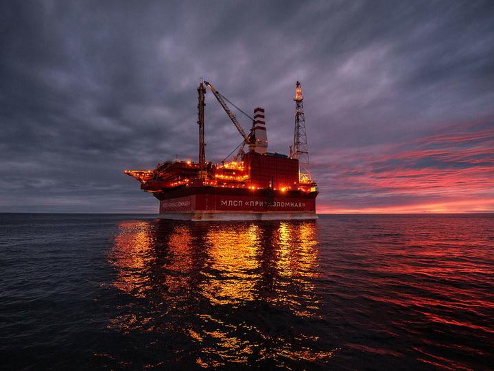 Нефть Brent подскочила выше 63,5долларов забаррель
