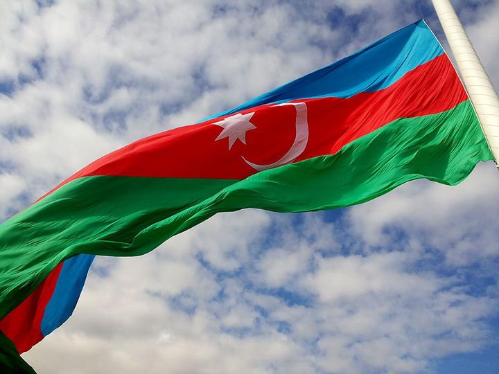 Россияне включили Азербайджан в тройку успешных и стабильных стран