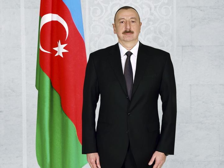 Лидер эпохи прогресса: к 15-летию избрания Ильхама Алиева Президентом Азербайджана
