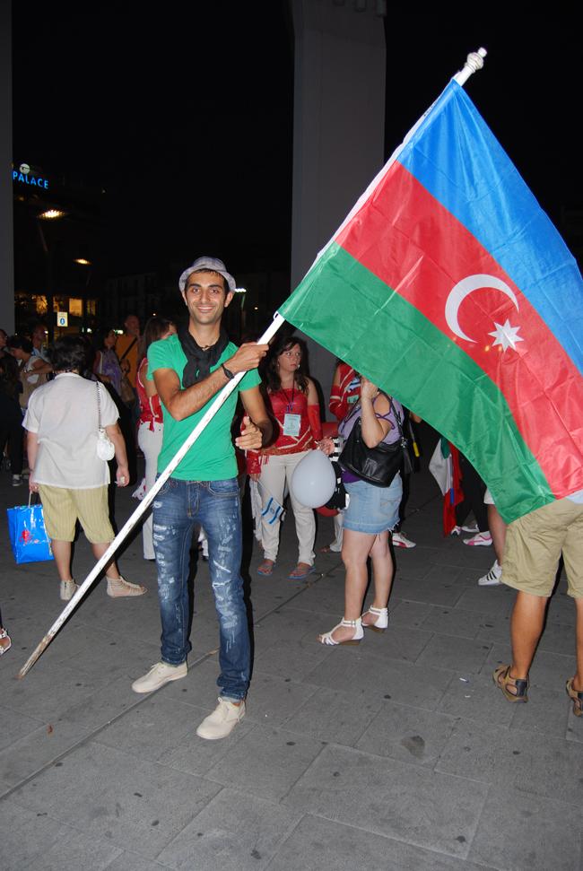Азербайджанский исполнитель завоевал первое место на конкурсе в Италии