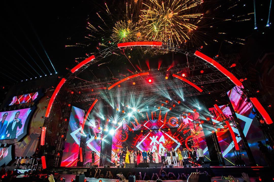 Лейла Алиева стала почётным гостем музыкального фестиваля «Жара-2017»
