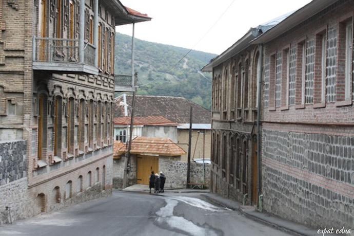 http://1news.az/uploads/images/28%20-%20Sheki-Azerbaijan.jpg